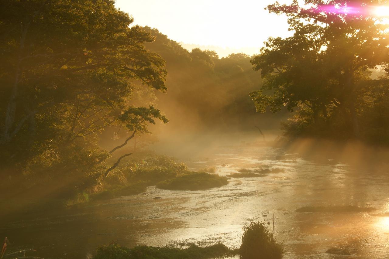 グダリ沼の朝日