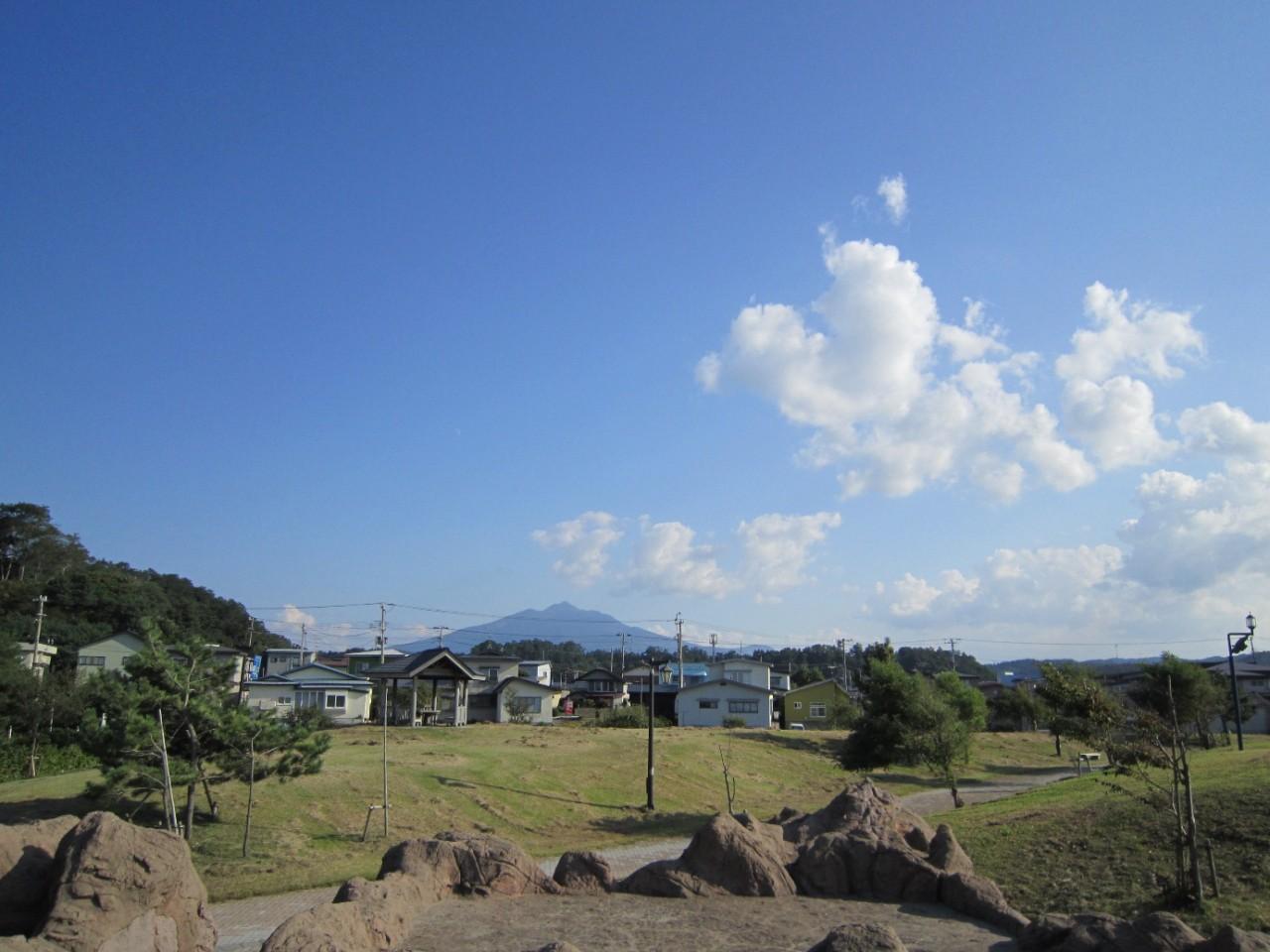 青森 津軽 鰺ヶ沢町 風景 秋 晴天 鰺ヶ沢海水浴場