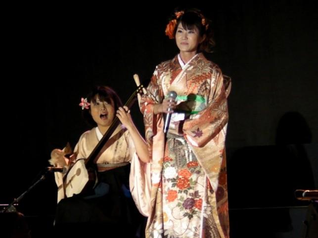 武田佳泉さんと本間愛音さん