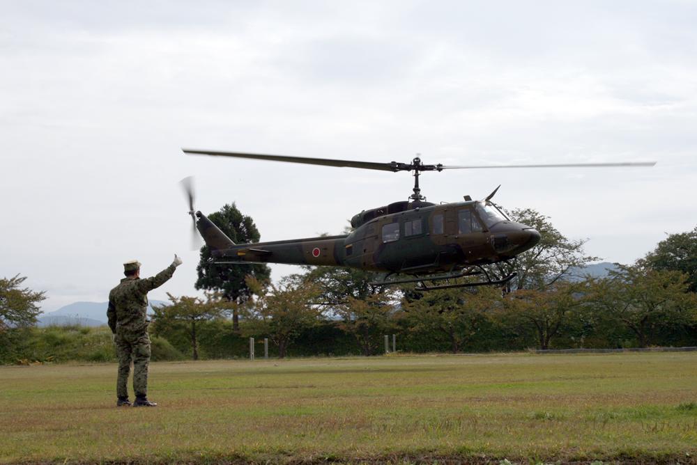 自衛隊ヘリ搭乗体験