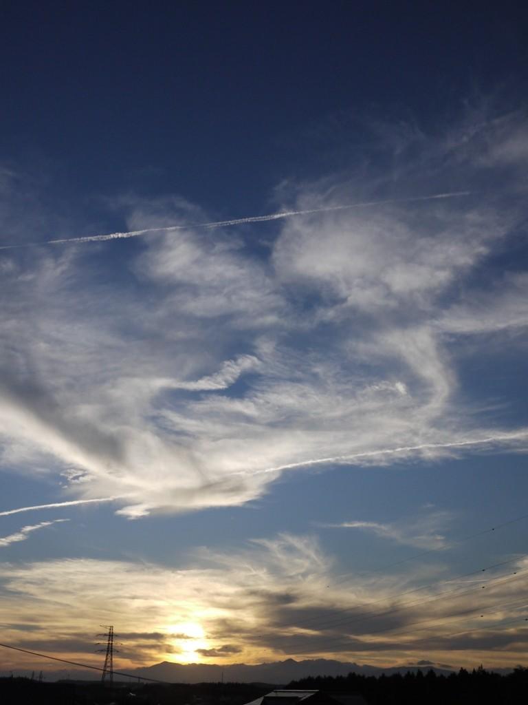 青森 風景 秋 三八 三沢市 空 雲 夕陽 自然 神々し 鳳凰