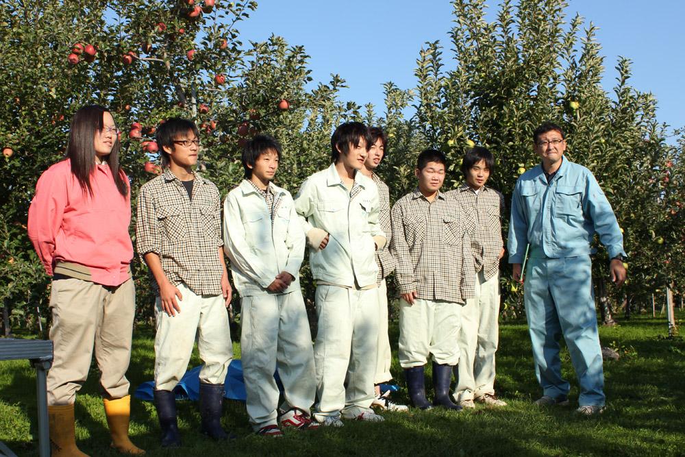 農業高校生の祭り準備♪ Apple Fe...