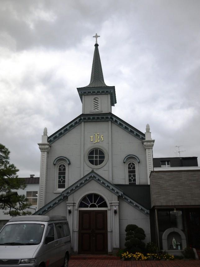 カトリック教会の中にある岩木山
