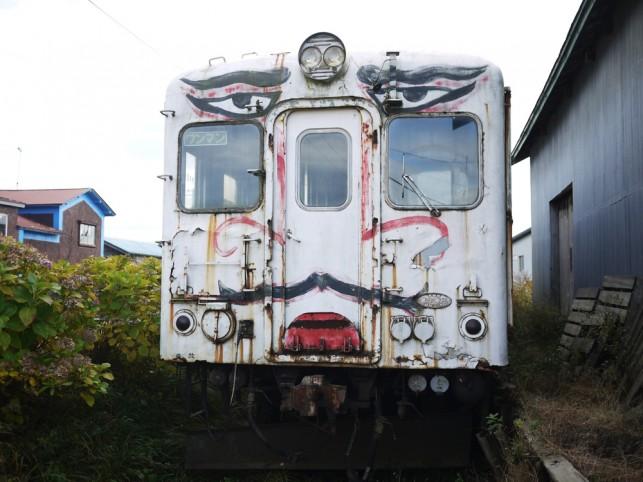 香取慎吾デザインの廃電車「キハ22028」