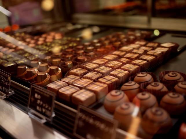 Le souverain~華やかな洋菓子店~