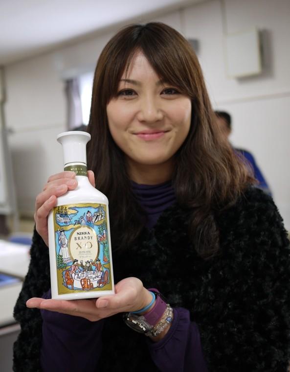 シードル 利き酒&美人キャンギャル♡   ニッカ万歳!!<弘前市>
