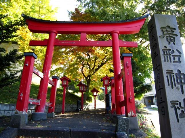 1000年杉と夫婦神木(第28番札所)