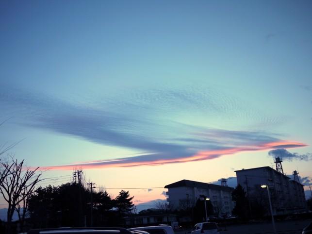 三沢市の空に鳳凰の雲