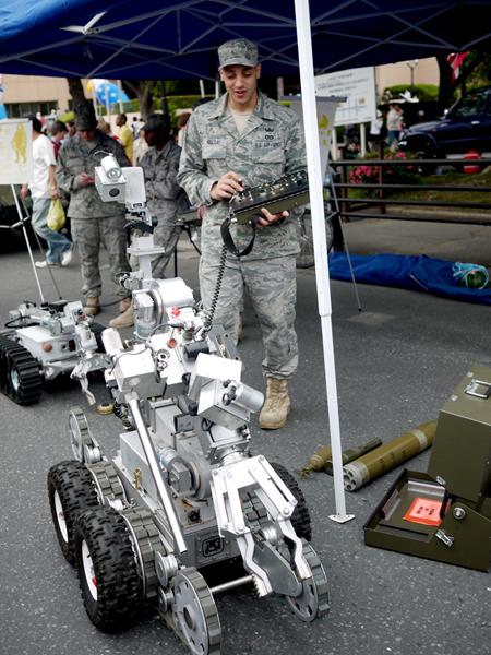 三沢アメリカンデー 米軍設備機器