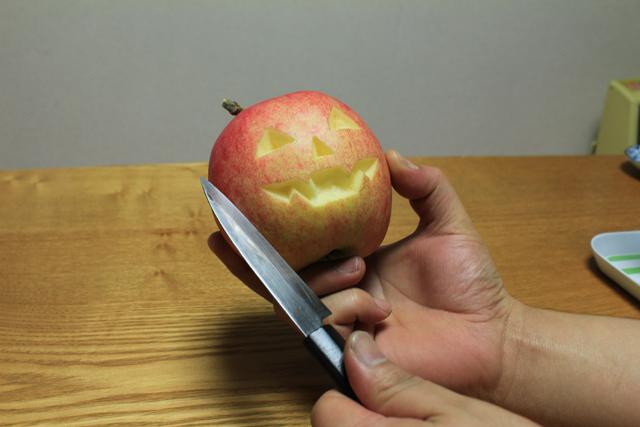 青森県 青森市 ジョナゴールド ハロウィン りんご ジャックランタン 食べ物