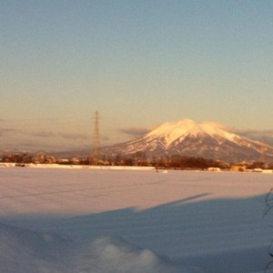 朝早い岩木山です(*^^*)。(黒石市)