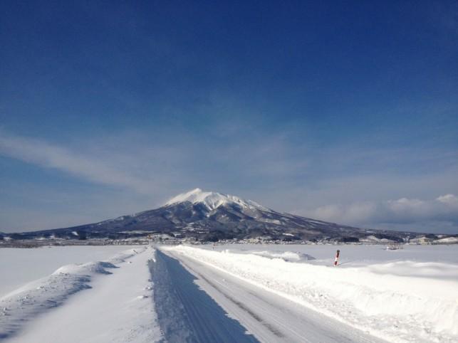 2012年2月2日の岩木山