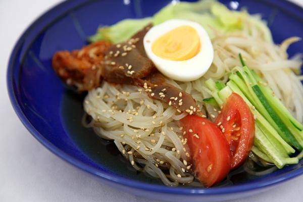 ヤーコン冷麺~東北町で生まれた青森の新たな特産品~