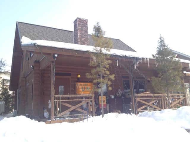 五戸町のログハウス風カフェ、UN