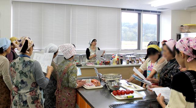 ヤーコン料理講習会の様子