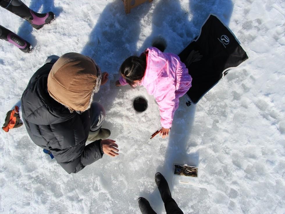 氷上ワカサギ釣り